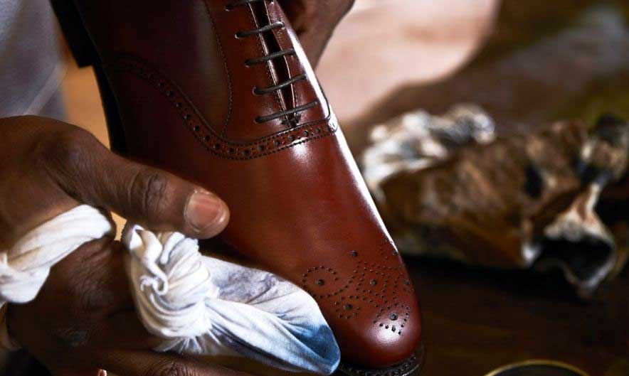 drying leather shoes